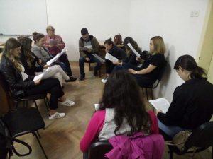 Читачки клуб во рамки на Школата за анти-авторитарни студии