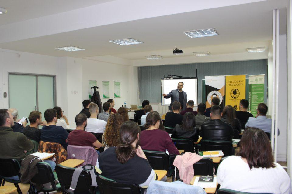 Прво предавање на Школата за анти-авторитарни студии Стив Наумов во Скопје